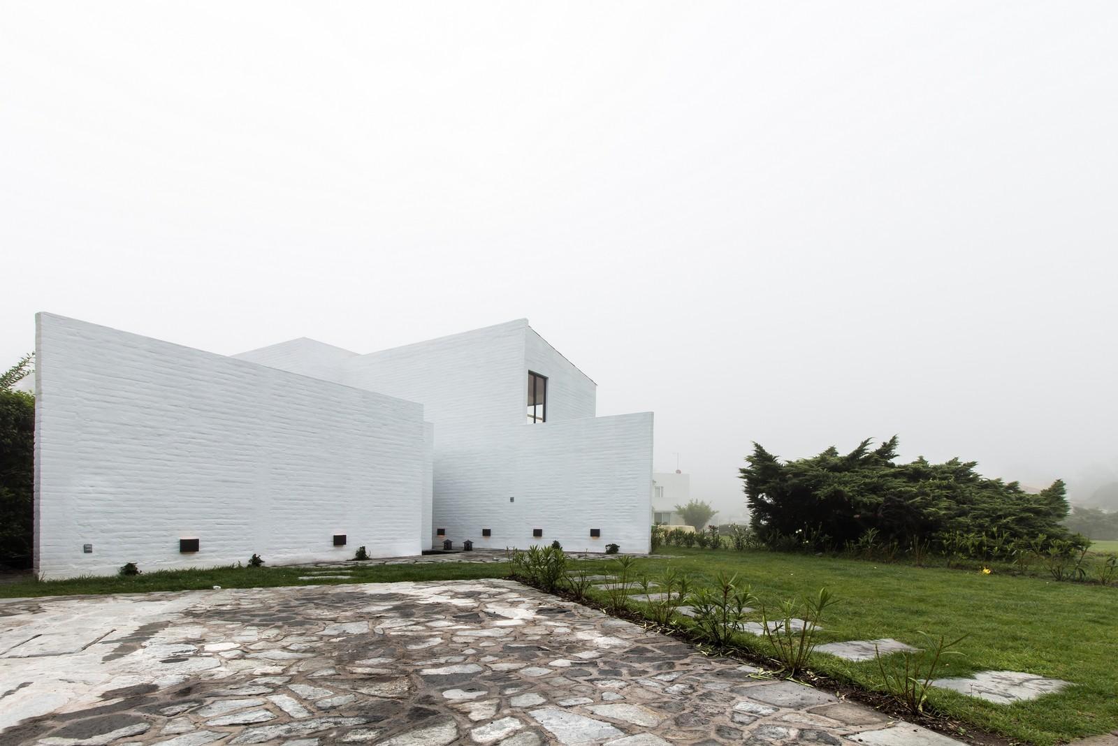 Белокаменный проект фасада дома
