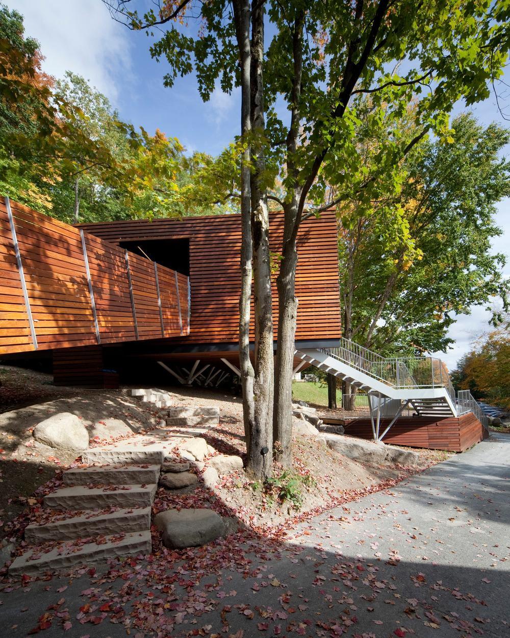 Современный деревянный дом