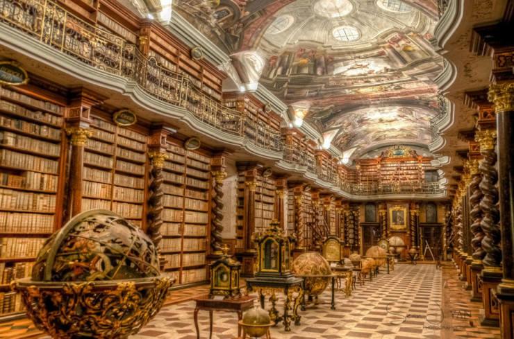 Самые красивые библиотеки в мире (5)
