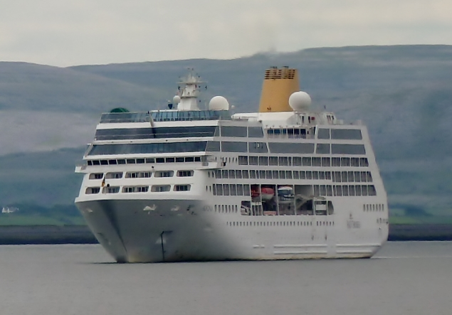 Круизный лайнер Adonia (3)